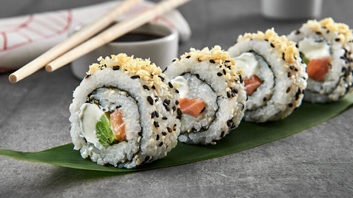 Sushi fatto in casa: Uramaki sushi o California Roll